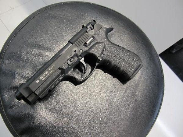 Zoraki 918, Fekete színben
